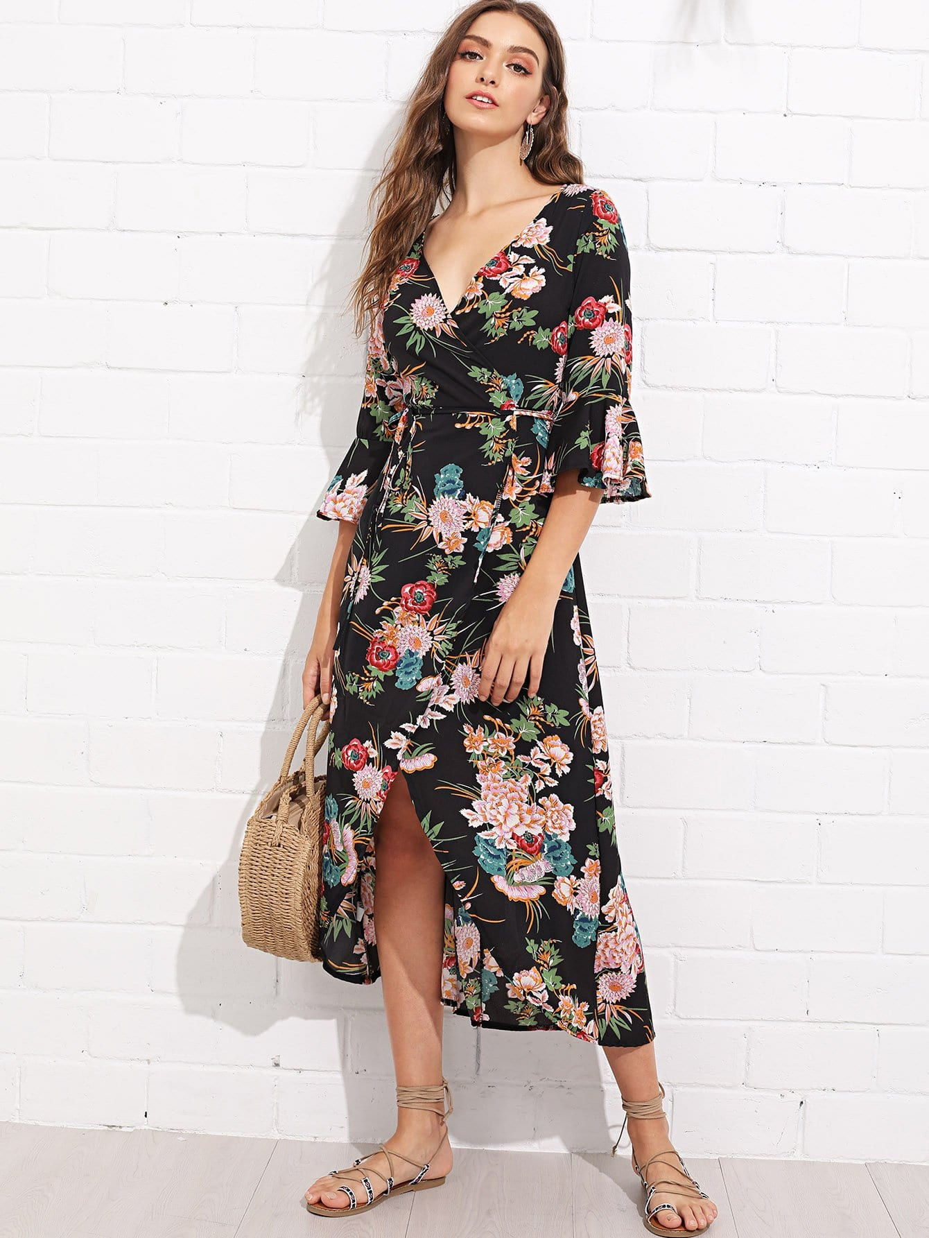 цена Surplice Wrap Floral Print Ruffle Sleeve Dress