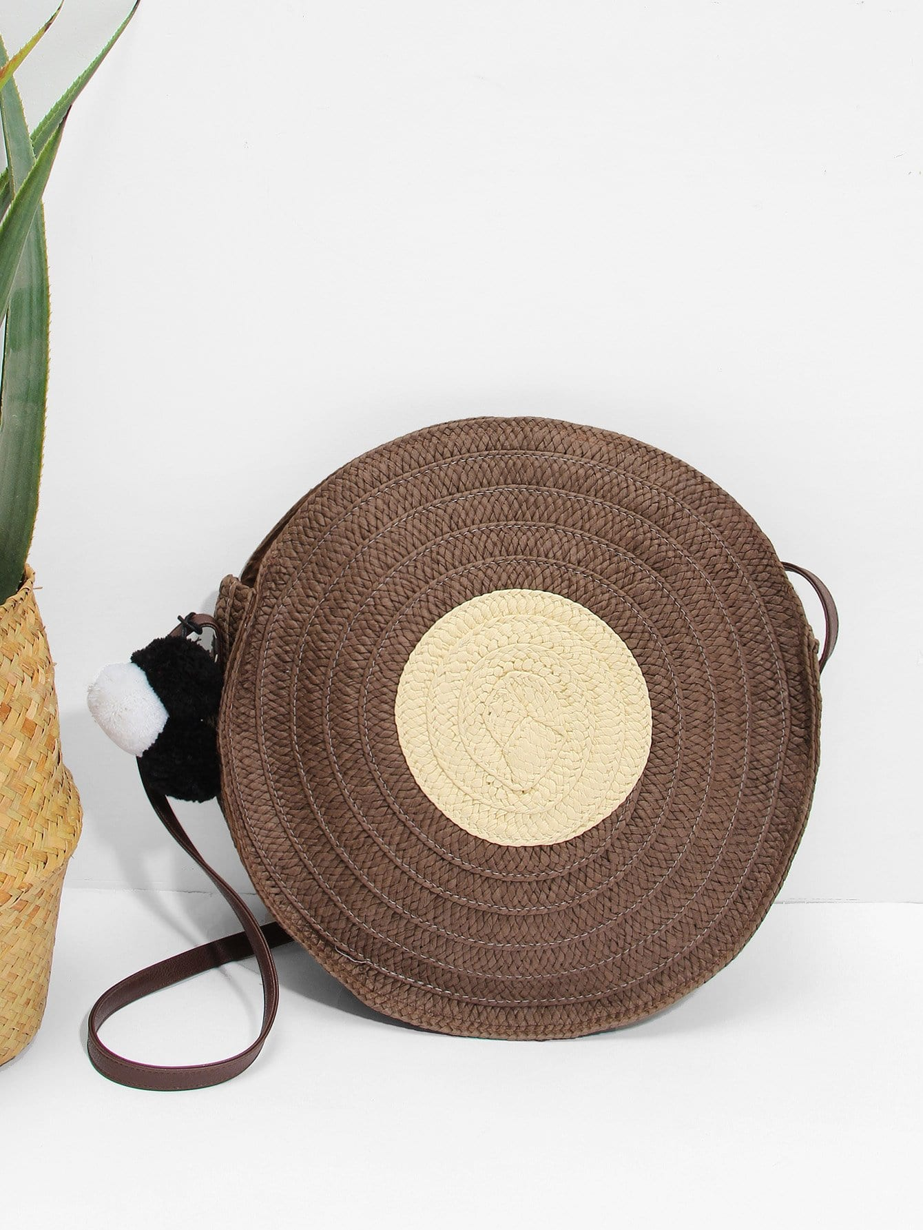 Round Shaped Straw Bag With Pom Pom ковролин ideal echo 334 3м
