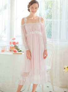 Contrast Lace Pleated Night Dress