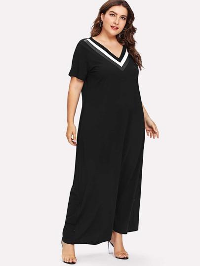 Romwe / Plus Striped V Neckline Dress