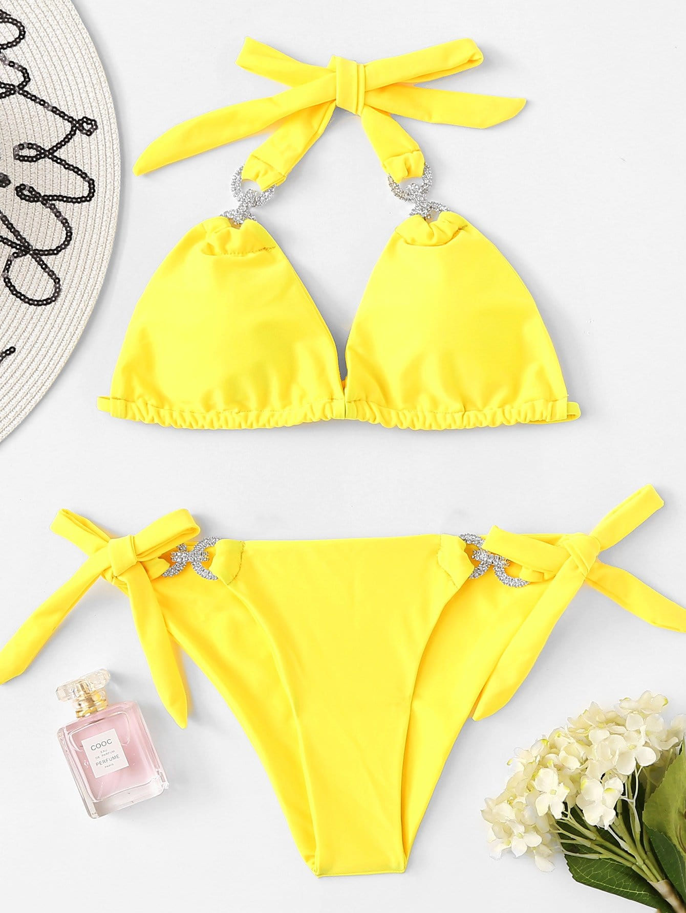 Фото Rhinestone Decorated Bikini Set checker knot bikini set