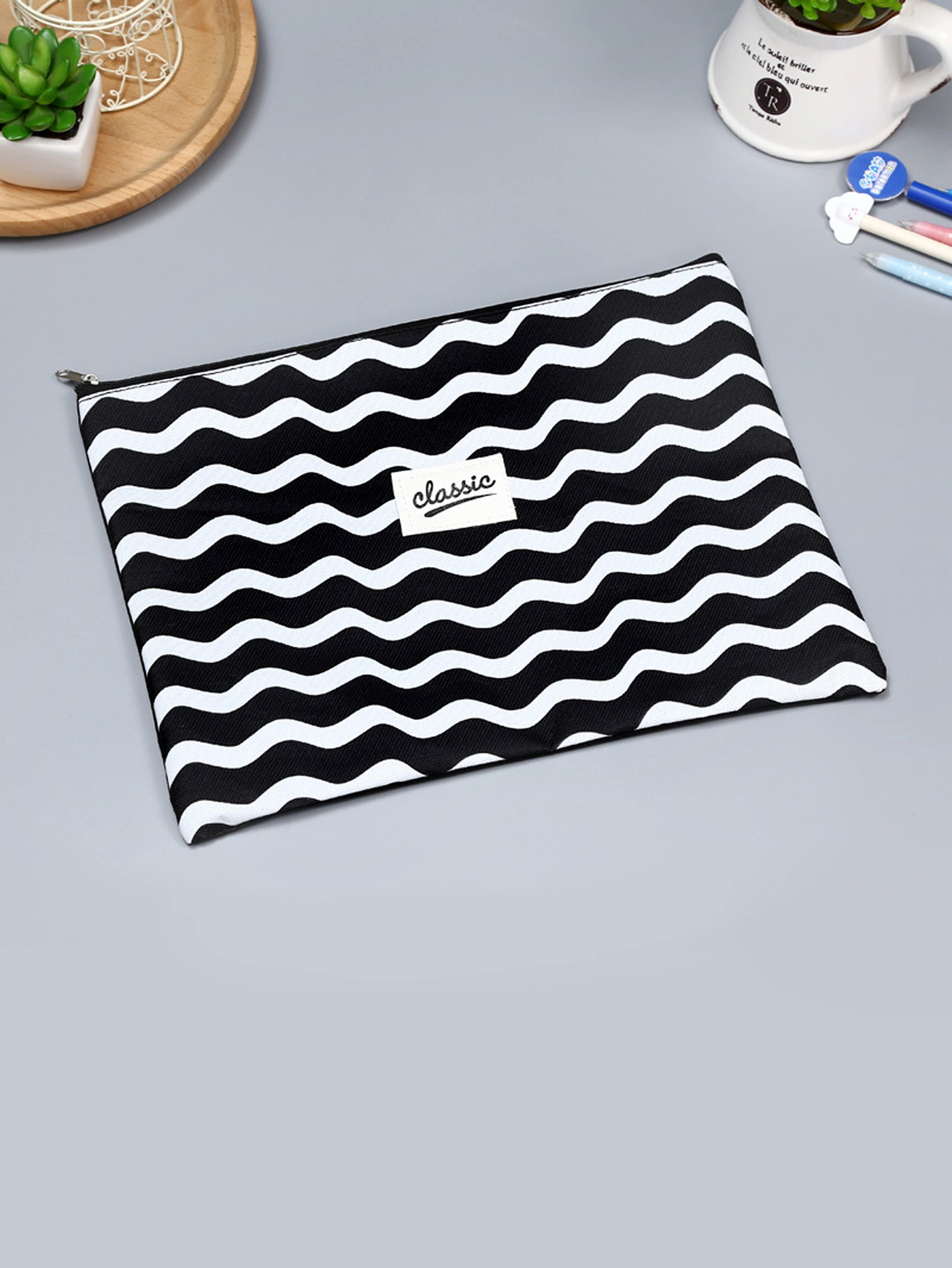 Zigzag Stripe Zipper File Holder