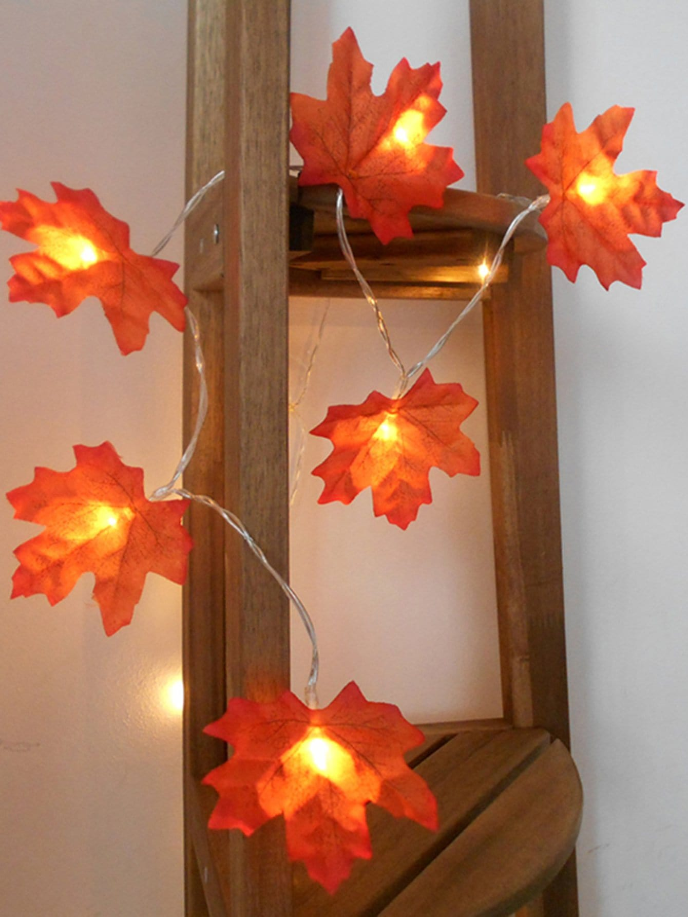 20pcs Maple Bulb String Light
