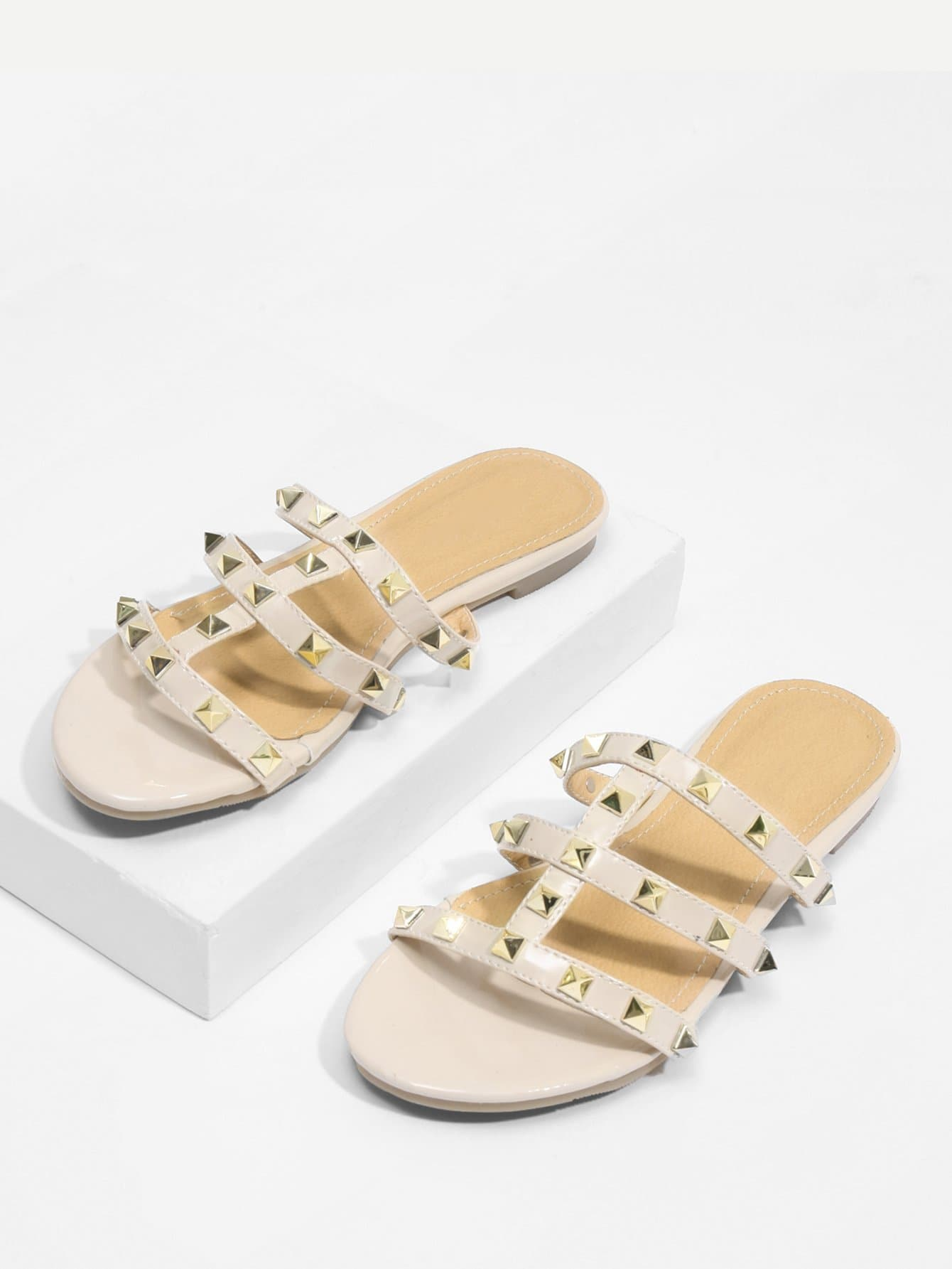 Rockstud Detail Strappy Flat Sandals rhinestone detail strappy sandals