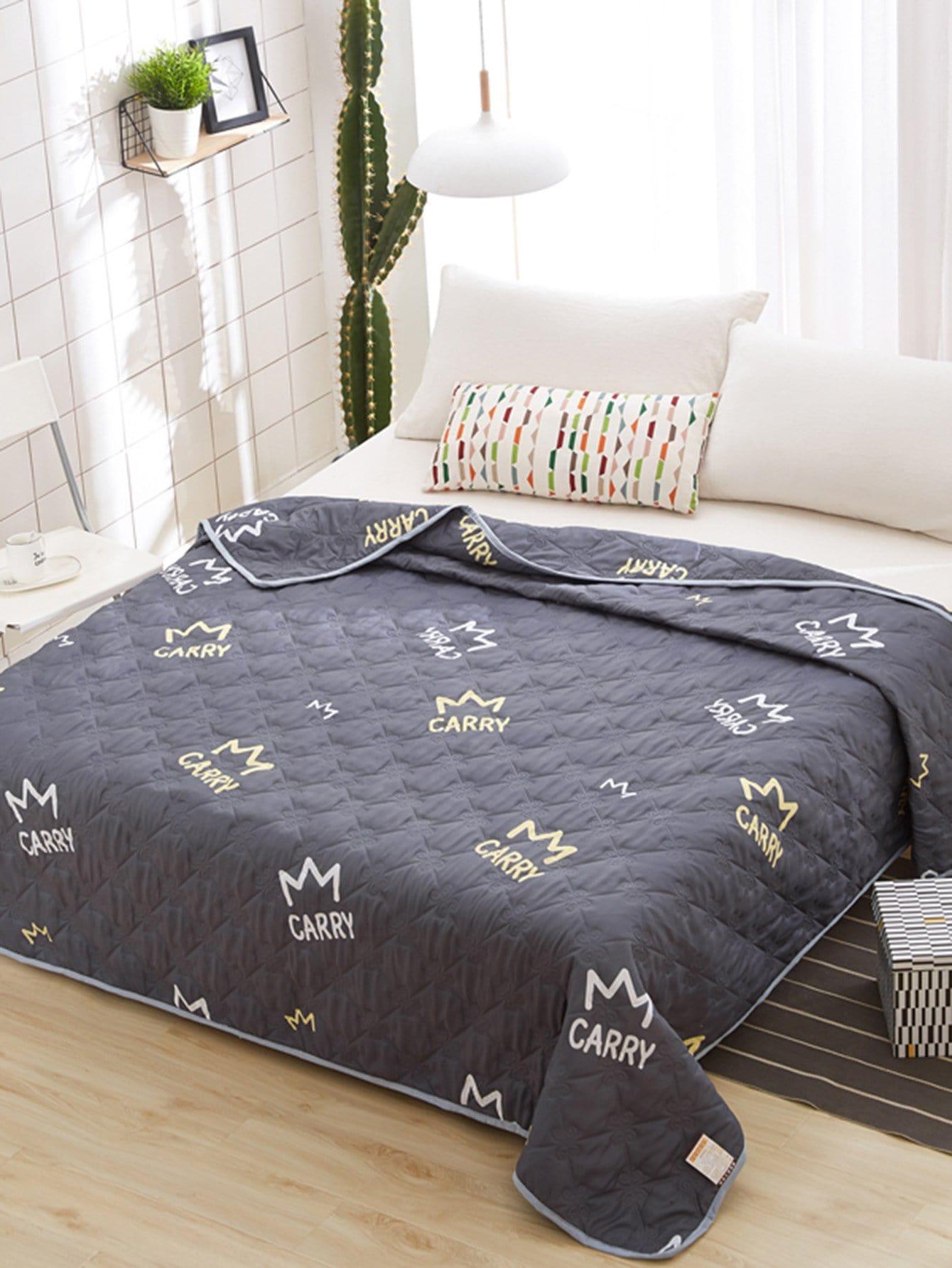 1 PC Crown & Letter Print Quilt 1 pc fish print quilt