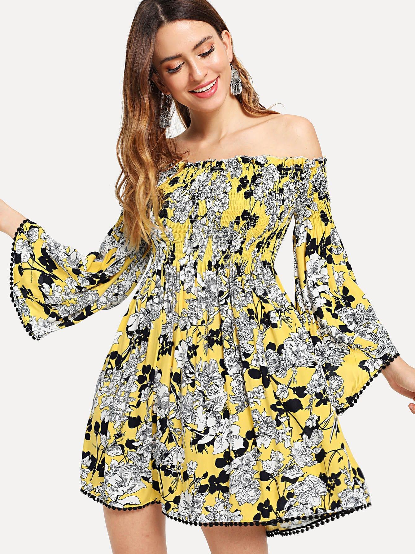 все цены на Bell Sleeve Crochet Pompom Trim Smock Floral Dress