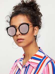 Two Tone Frame Flat Lens Sunglasses