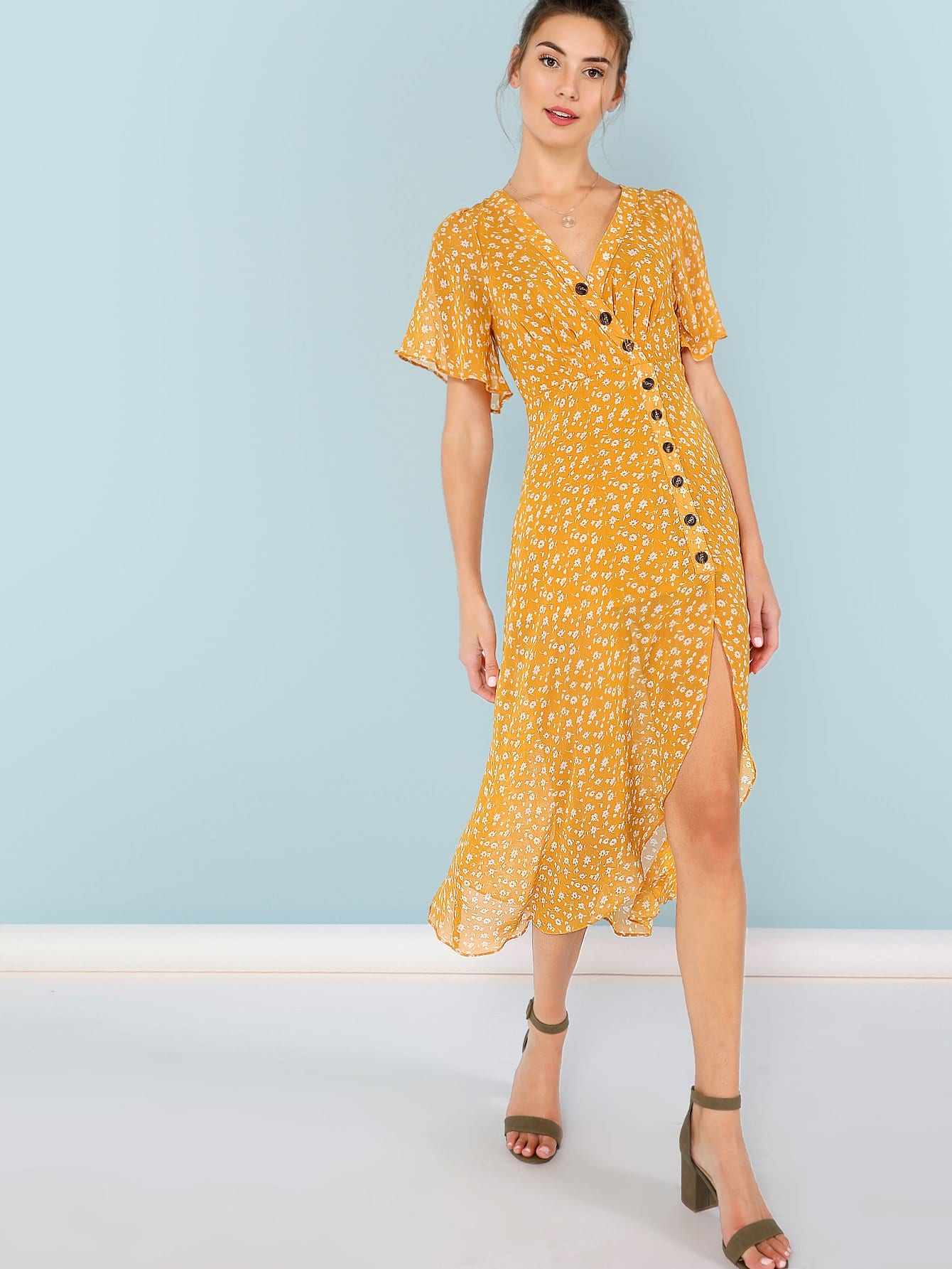 Купить Асимметричный пуговичный флоп-платье, Zandria Theis, SheIn
