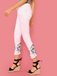 Embroidered Capri Pants with Raw Hem