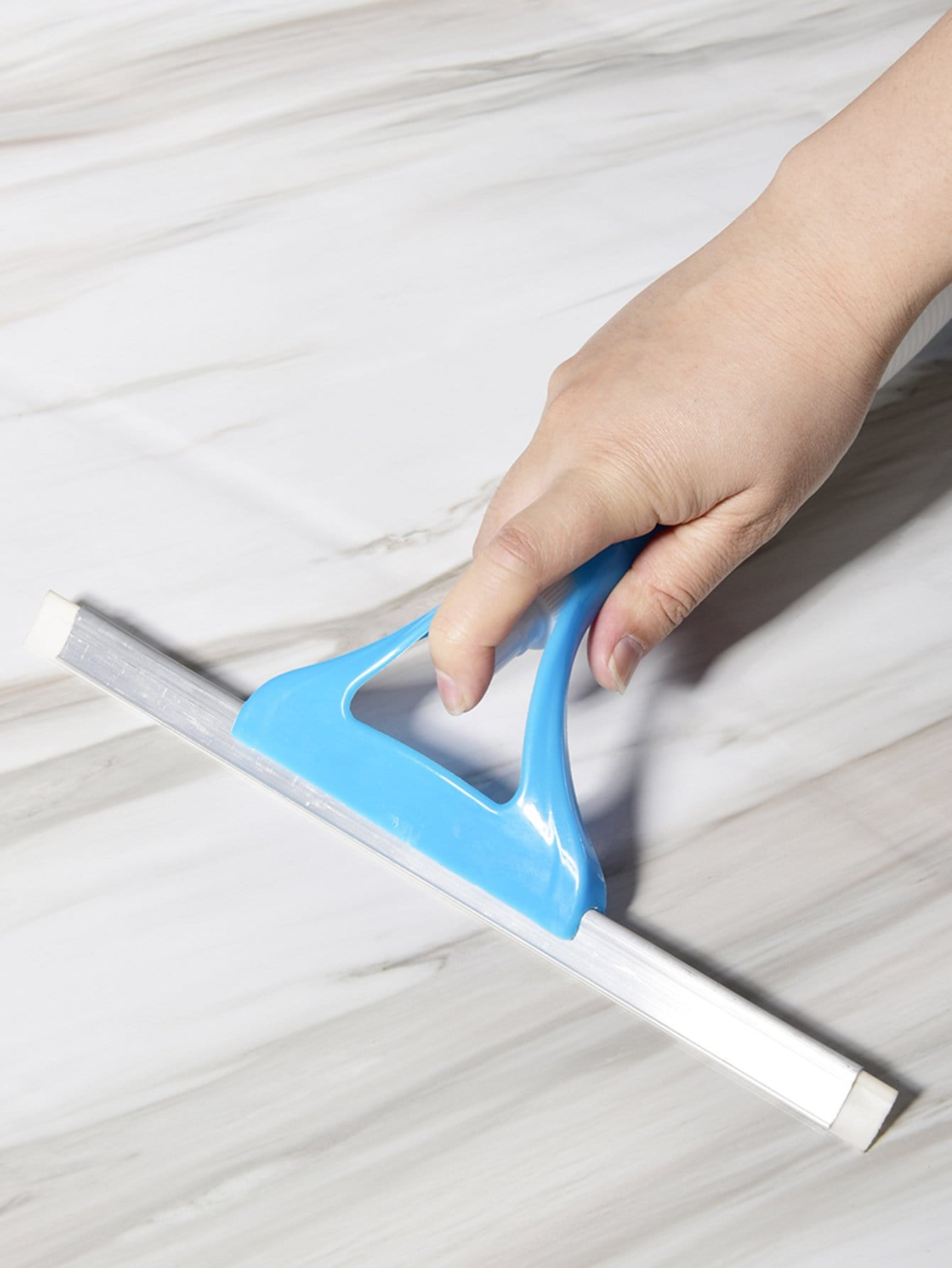 Cleaning Brush With Spray cleaning brush with spray