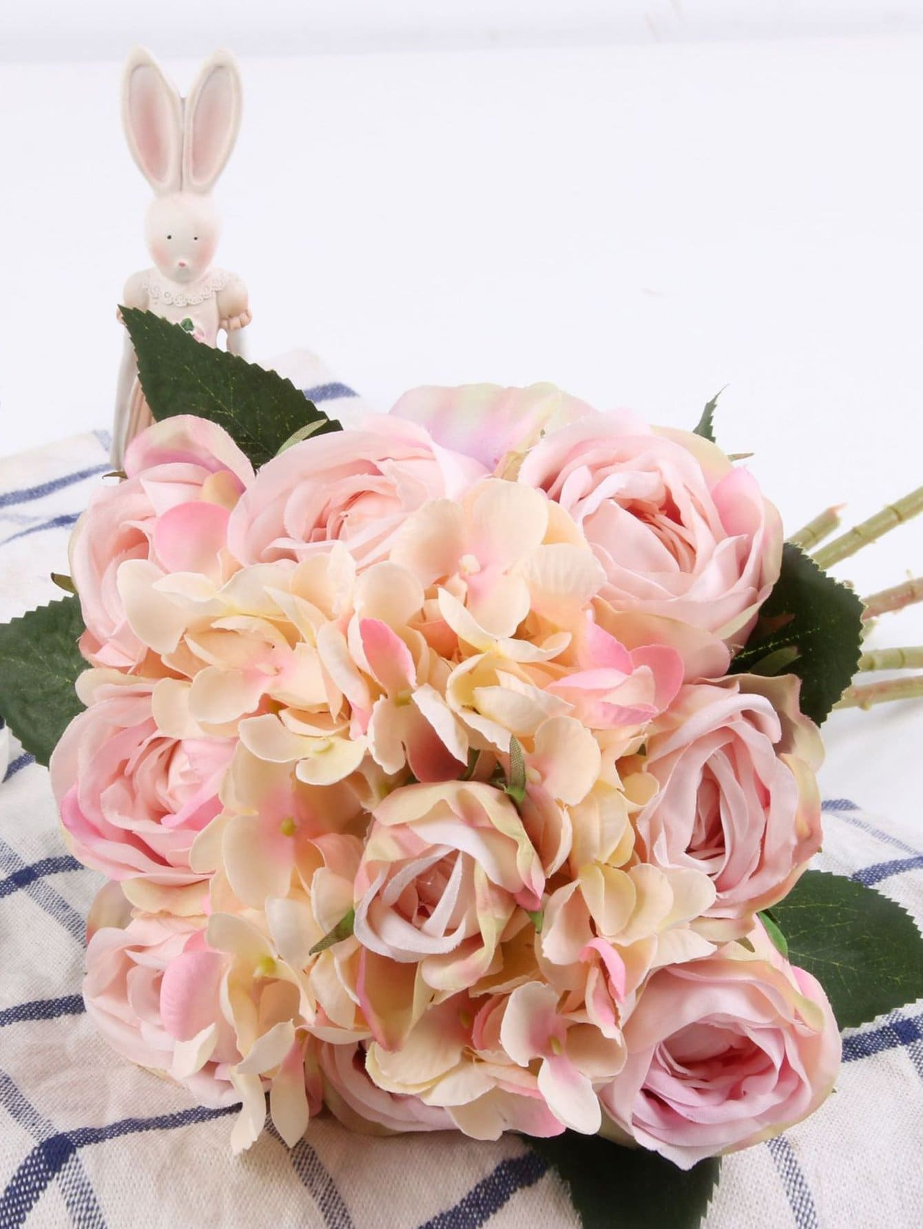Artificial Flower Bouquet With 11pcs