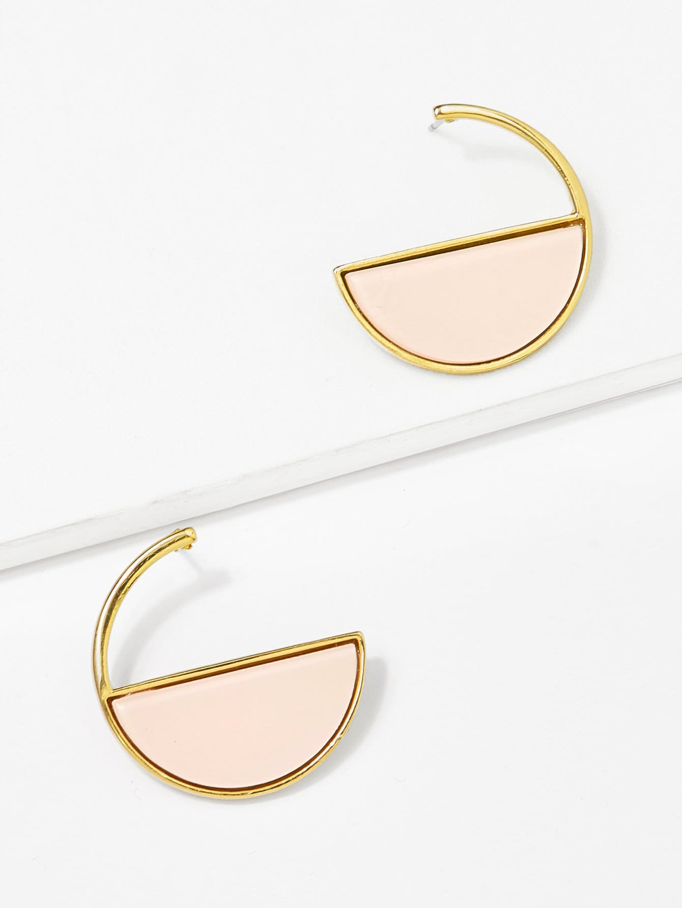 все цены на Half Round Hoop Earrings
