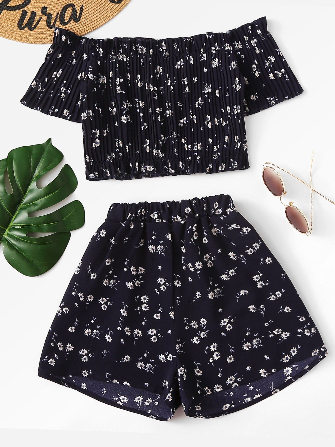 Off Shoulder Floral Crop Top With Shorts