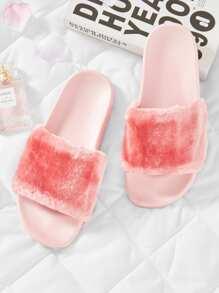 Faux Fur Flat Sliders