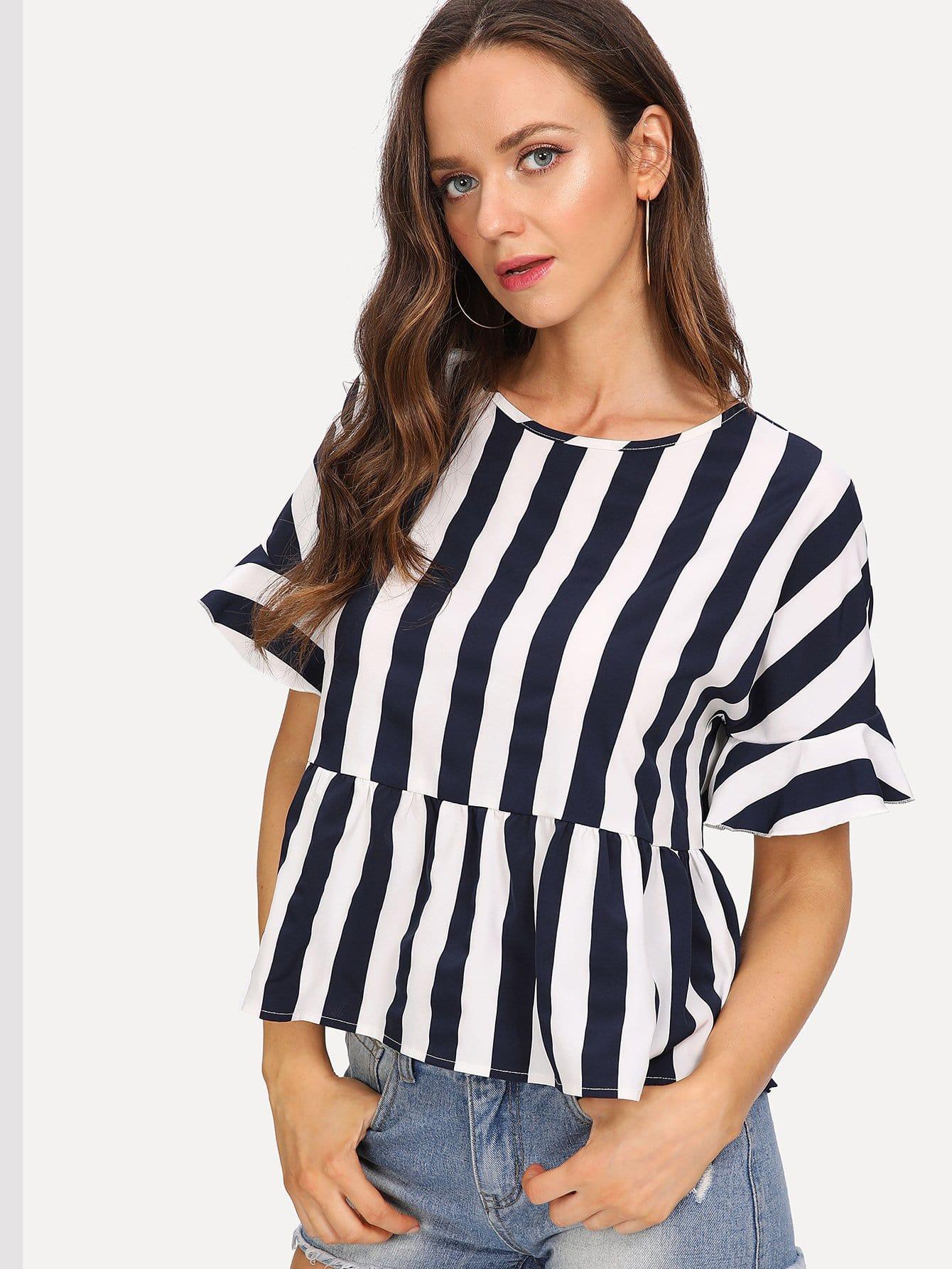 где купить Striped Print Flounce Sleeve Smock Top дешево