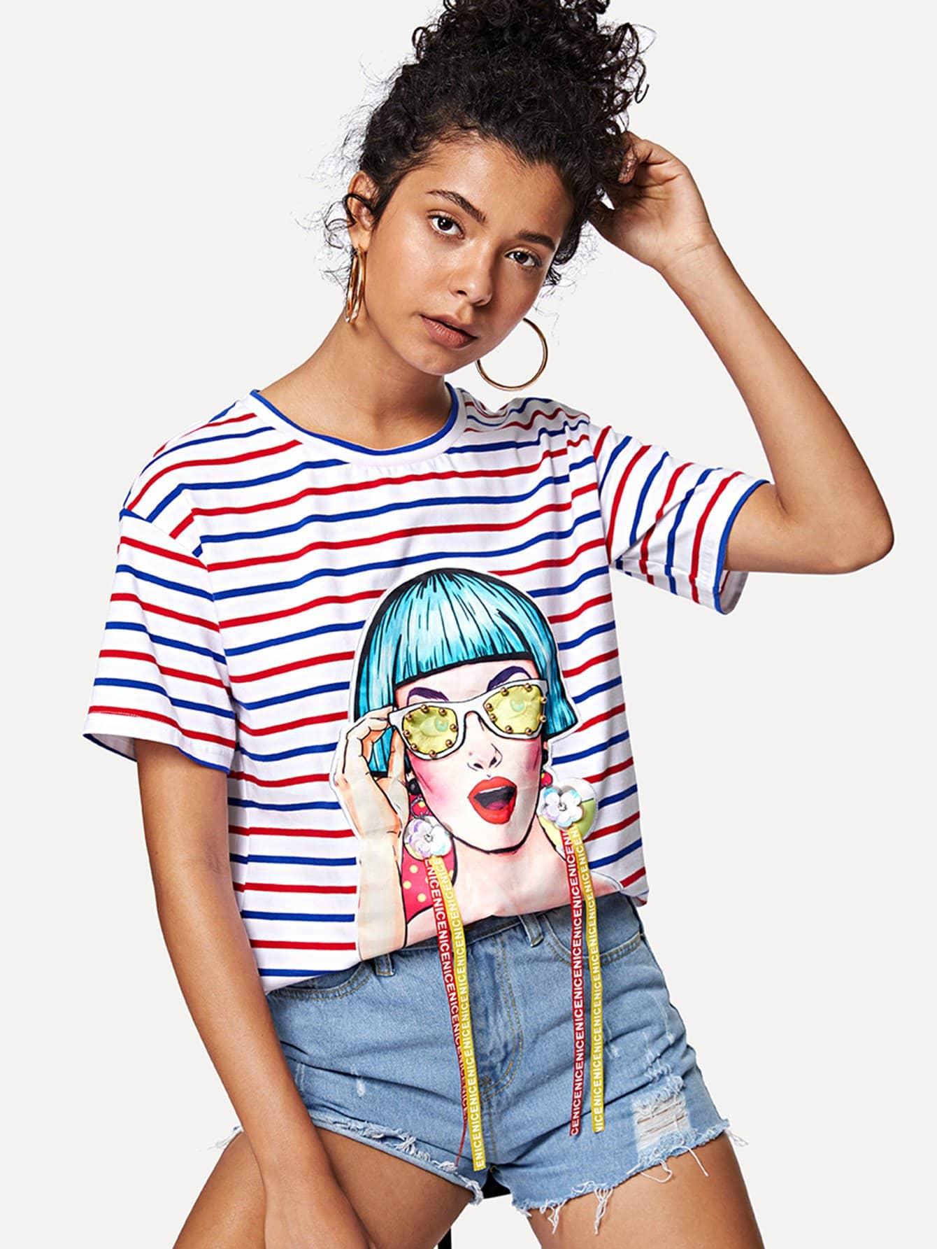 Фото Beaded Detail 3D Applique Striped Tee