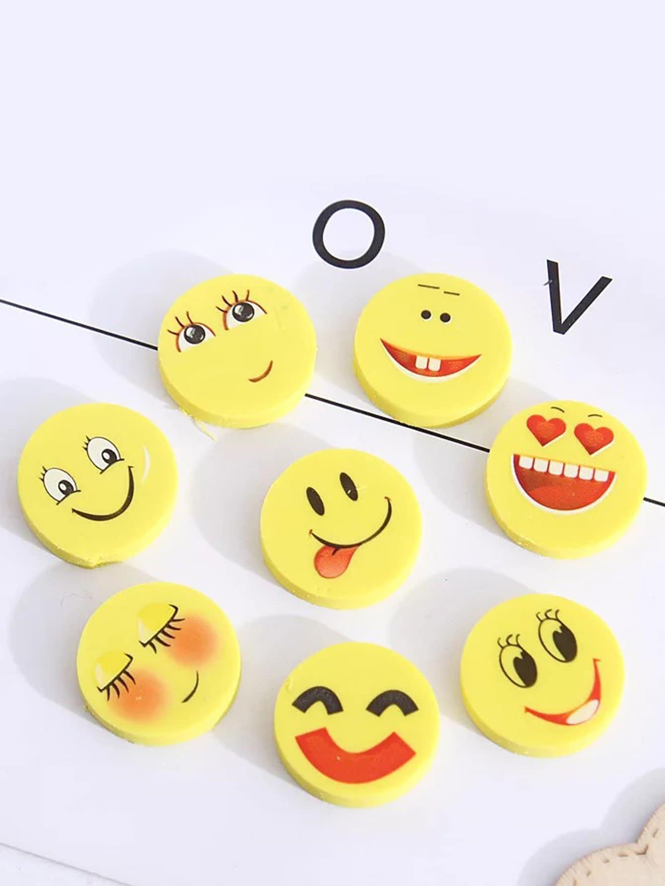 Random Emoji Eraser 4pcs random color eraser 1pc