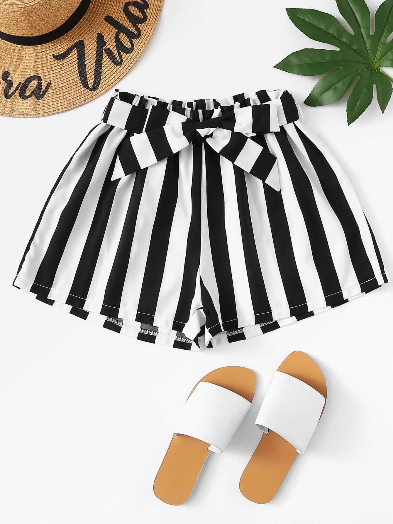Belted Detail Striped Shorts