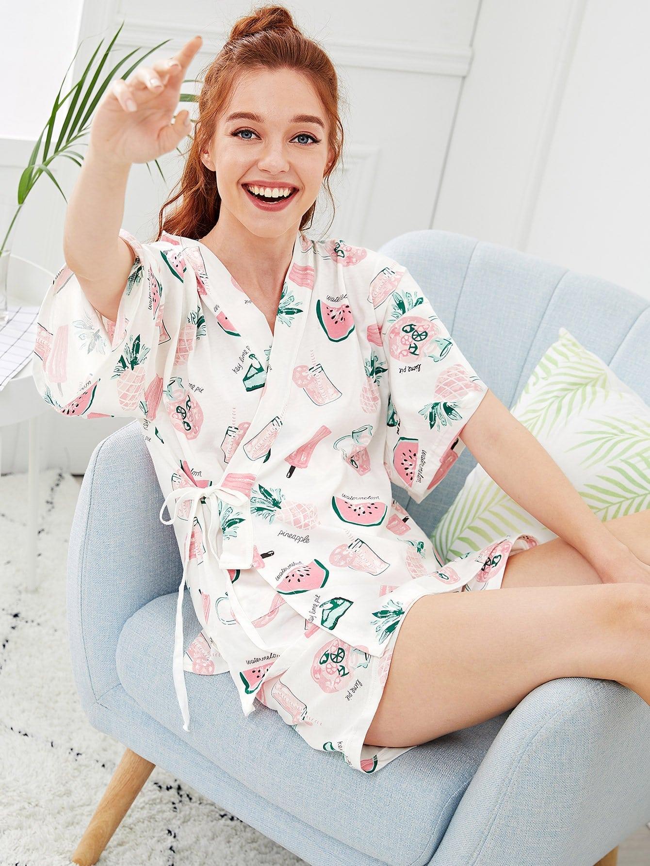 Купить Комплект пижамы кимоно с запахом и принтом ананас, Poly, SheIn