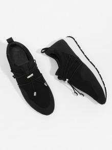 Net Design Low Top Sneakers