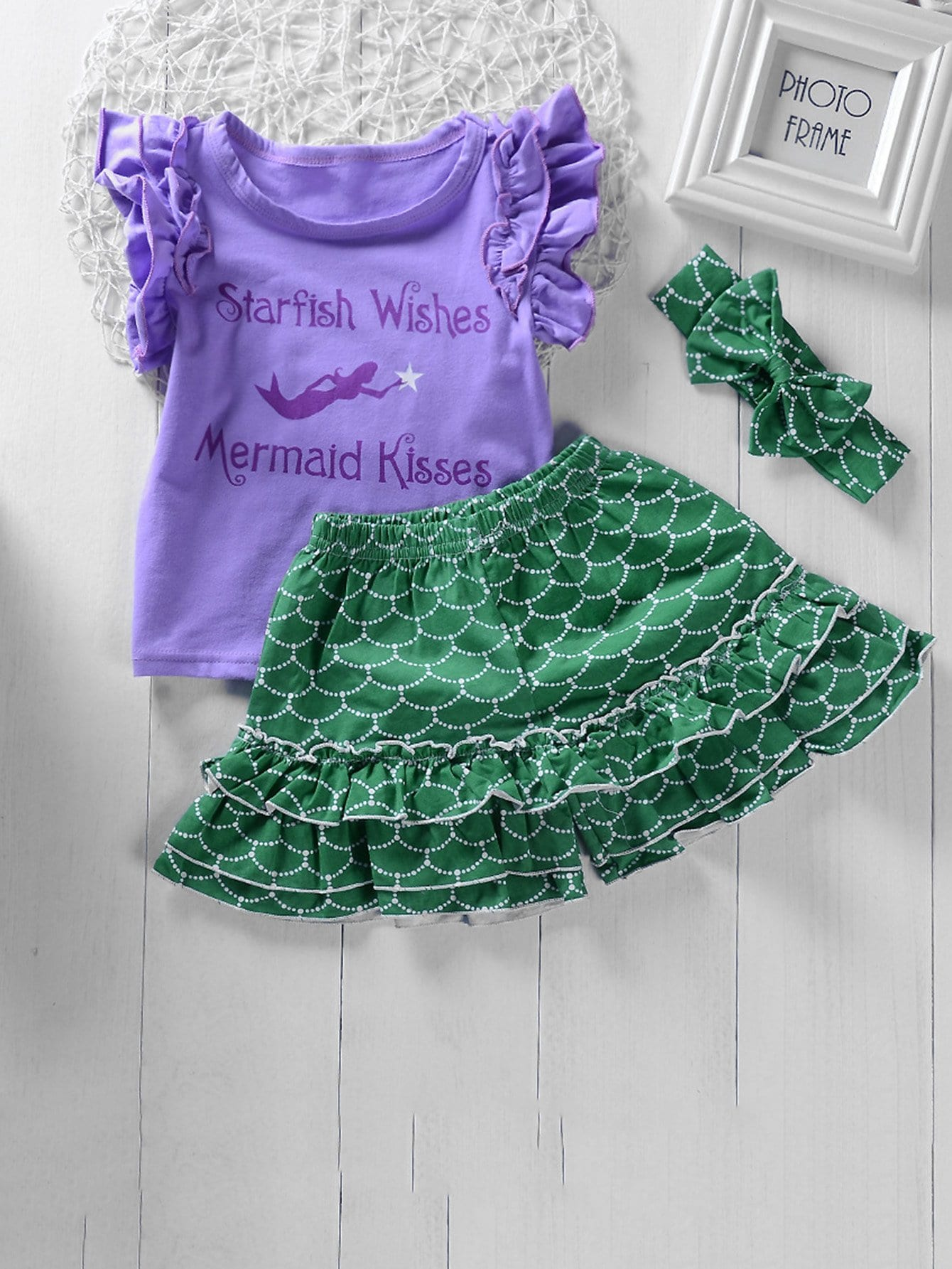 Girls Letter And Mermaid Print Tee With Ruffle Shorts