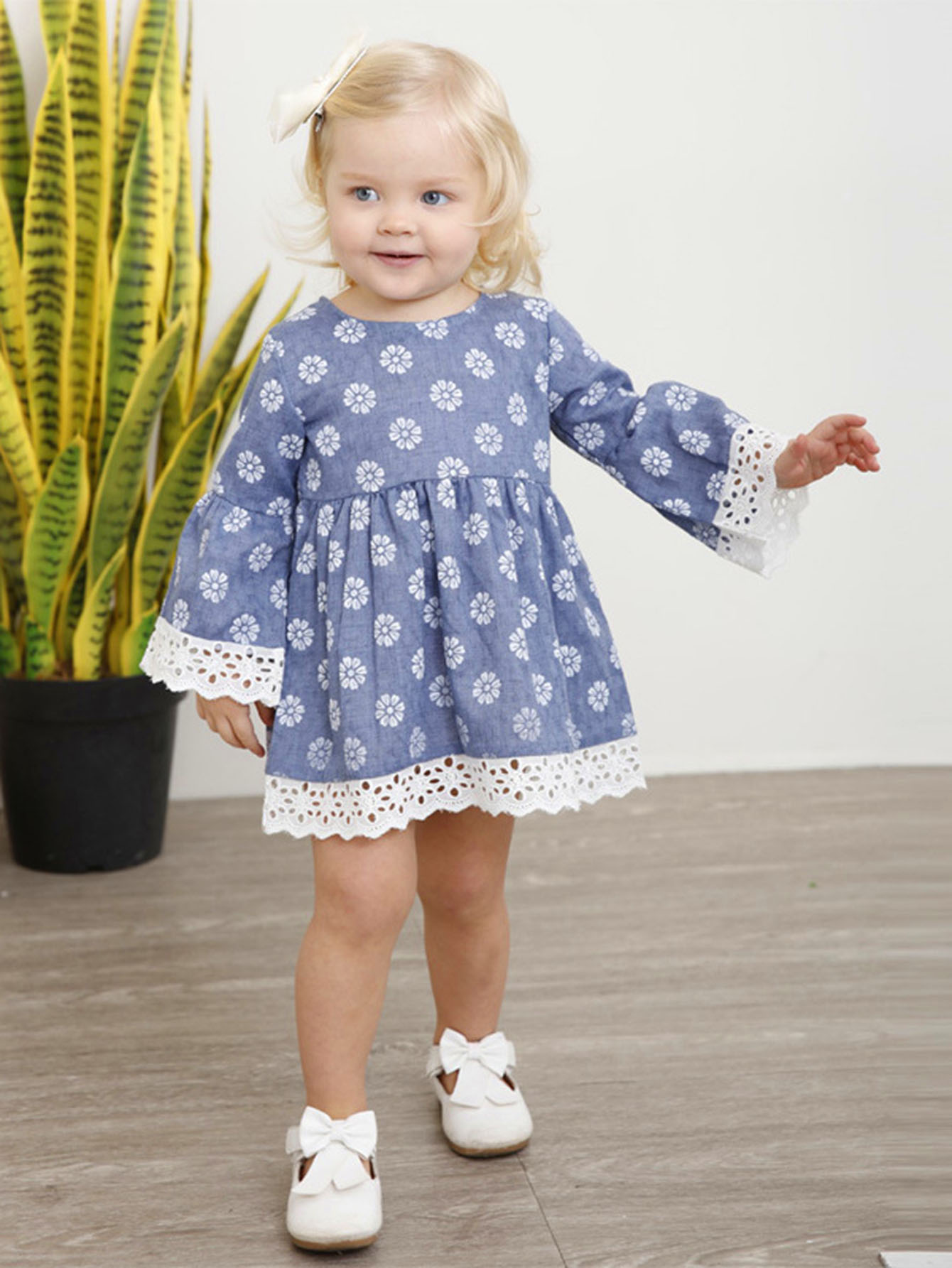 Girls Contrast Lace Floral Print Dress