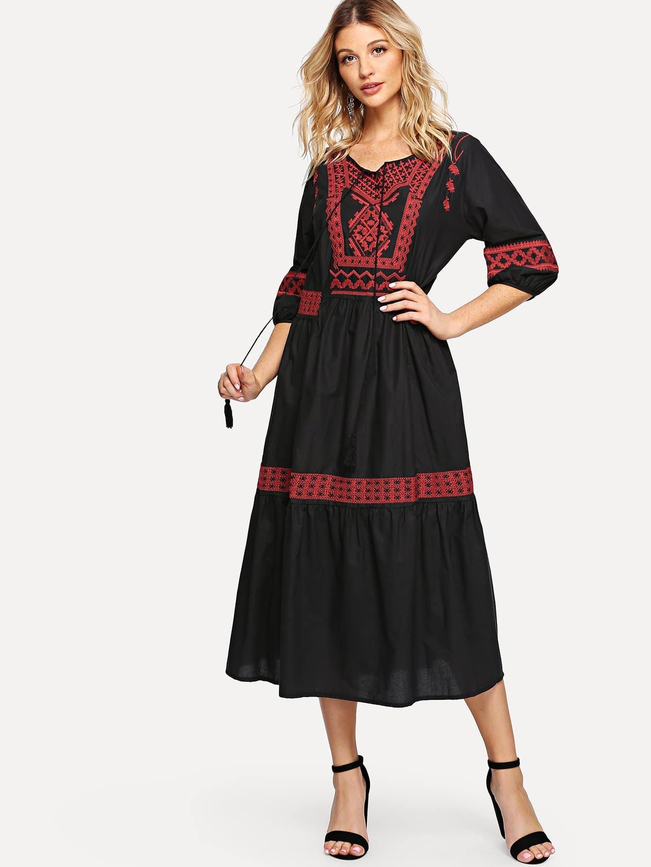 Купить Tassel Detail вышитое платье, Nathane, SheIn