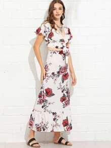 Self Tie Floral Print Top With Pep Hem Skirt