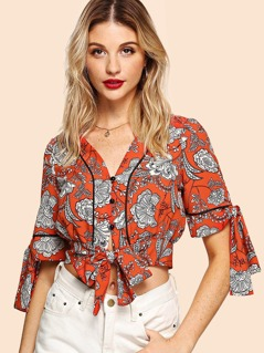 Tipping Detail Knot Front Floral Blouse