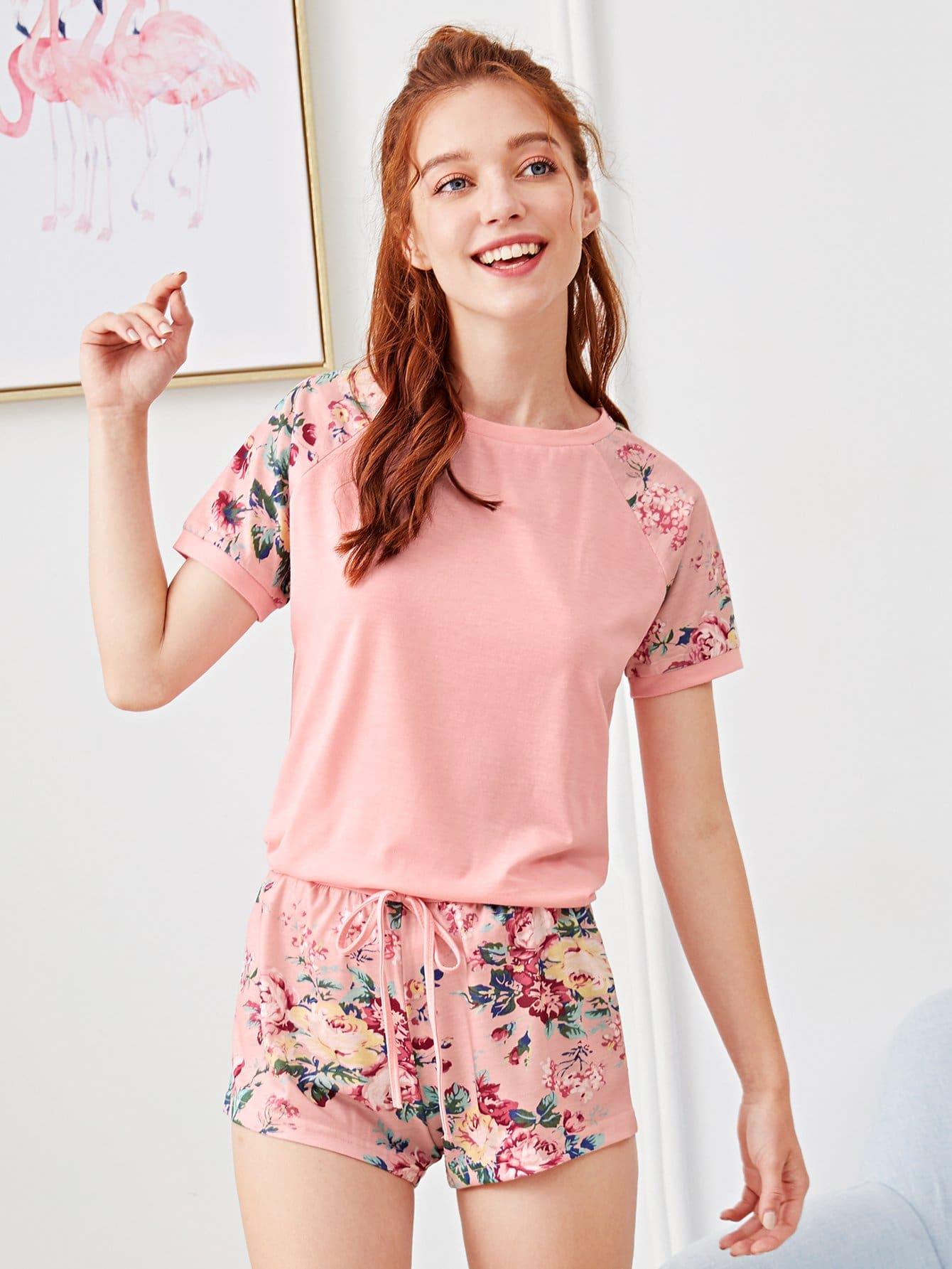 Купить Raglan Sleeve Curved Hem Top & Floral Shorts PJ Set, Poly, SheIn