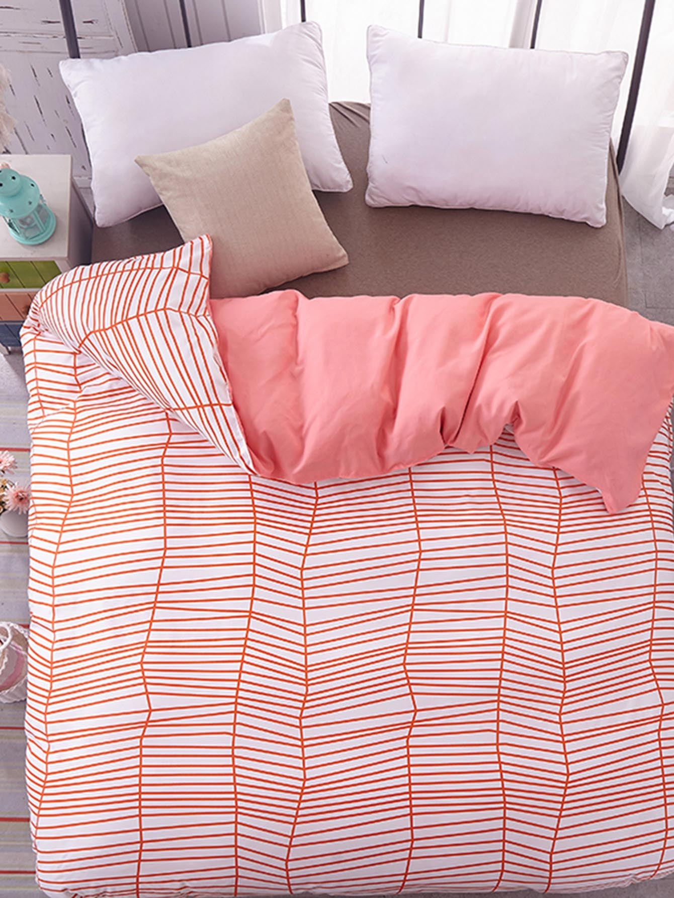 Asymmetrical Striped Duvet Cover Set planned preemptive vs delayed reactive focus on form