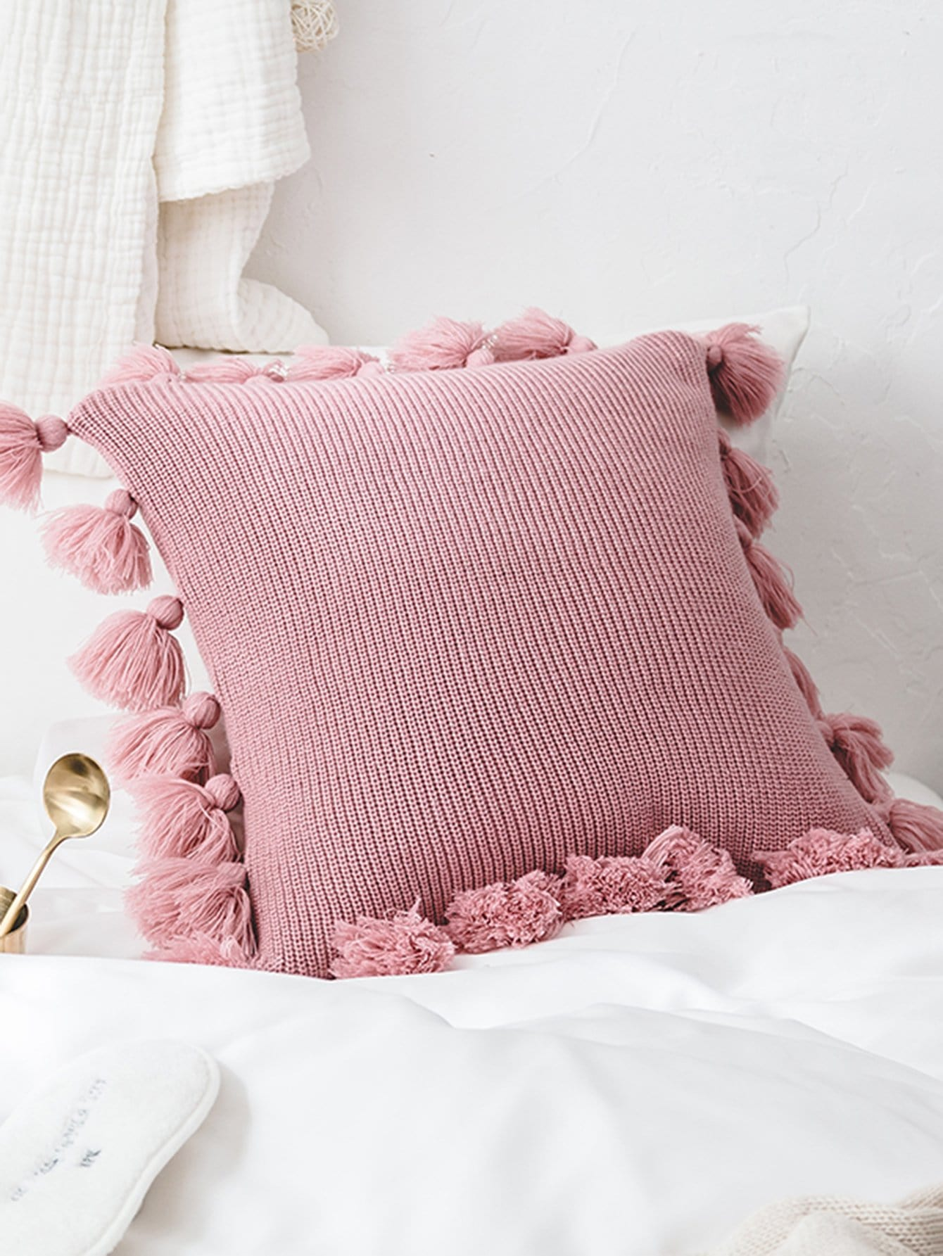 Tassel Trim Knit Cushion Cover