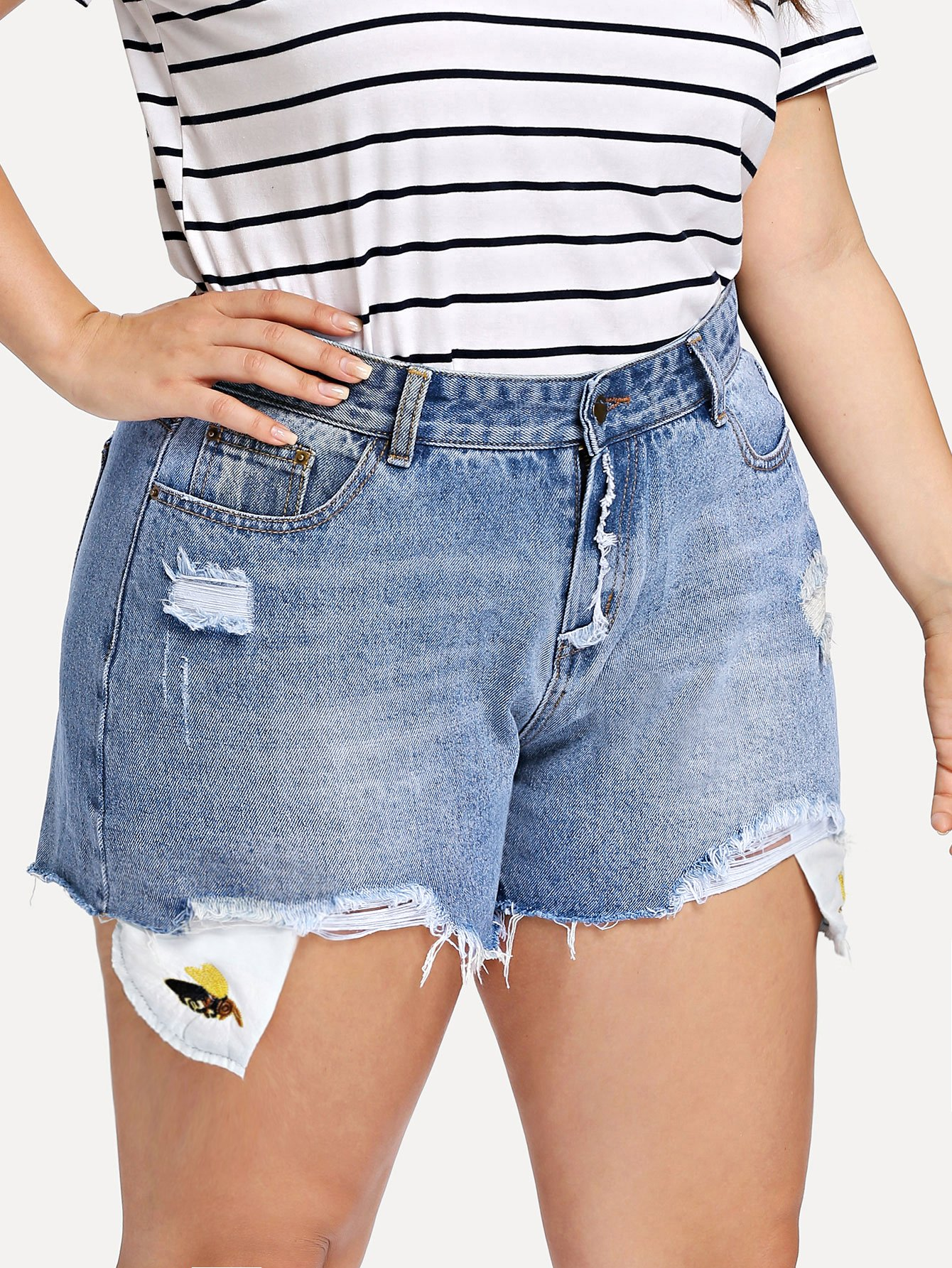 Plus Bee Embroidered Raw Hem Ripped Denim Shorts