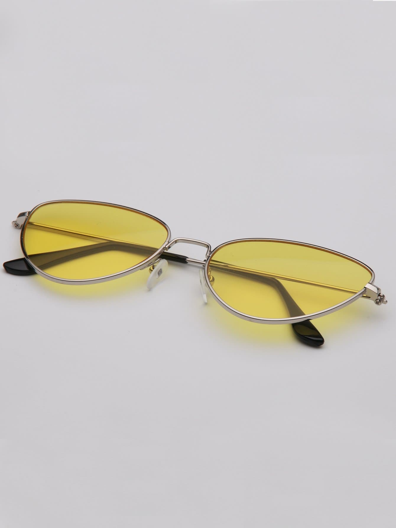 Tinted Lens Metal Frame Sunglasses