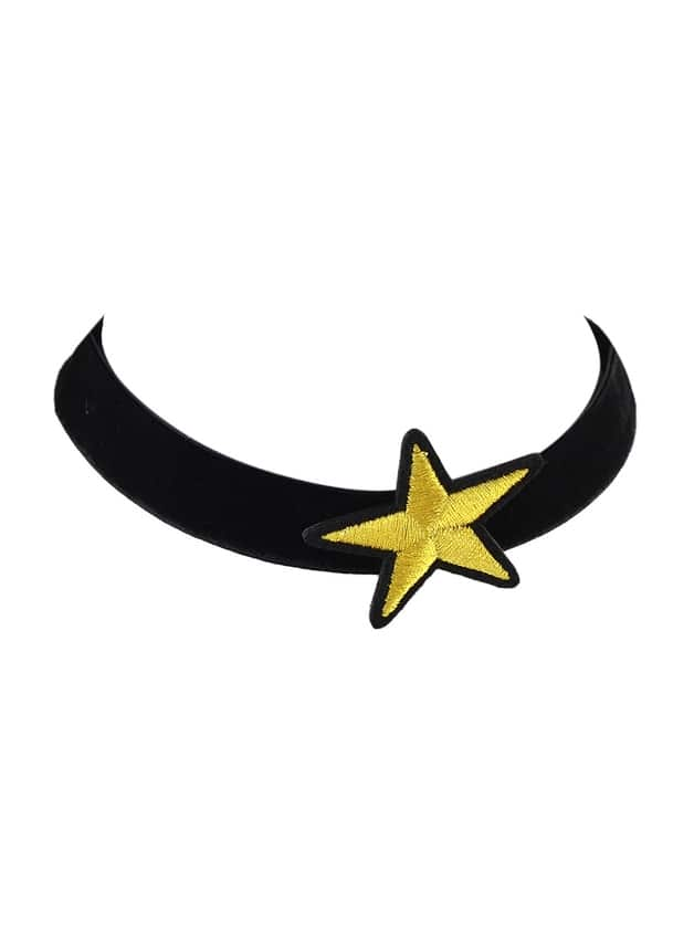 Wide Choker Necklace With Star