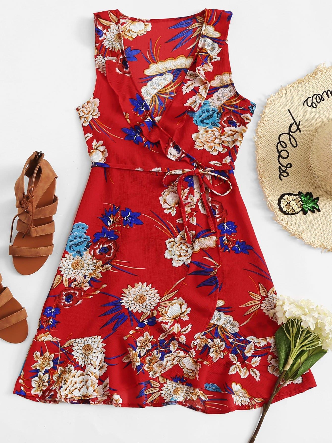 Asymmetrisches Kleid mit Schößchensaum, Blumenmuster und Knoten