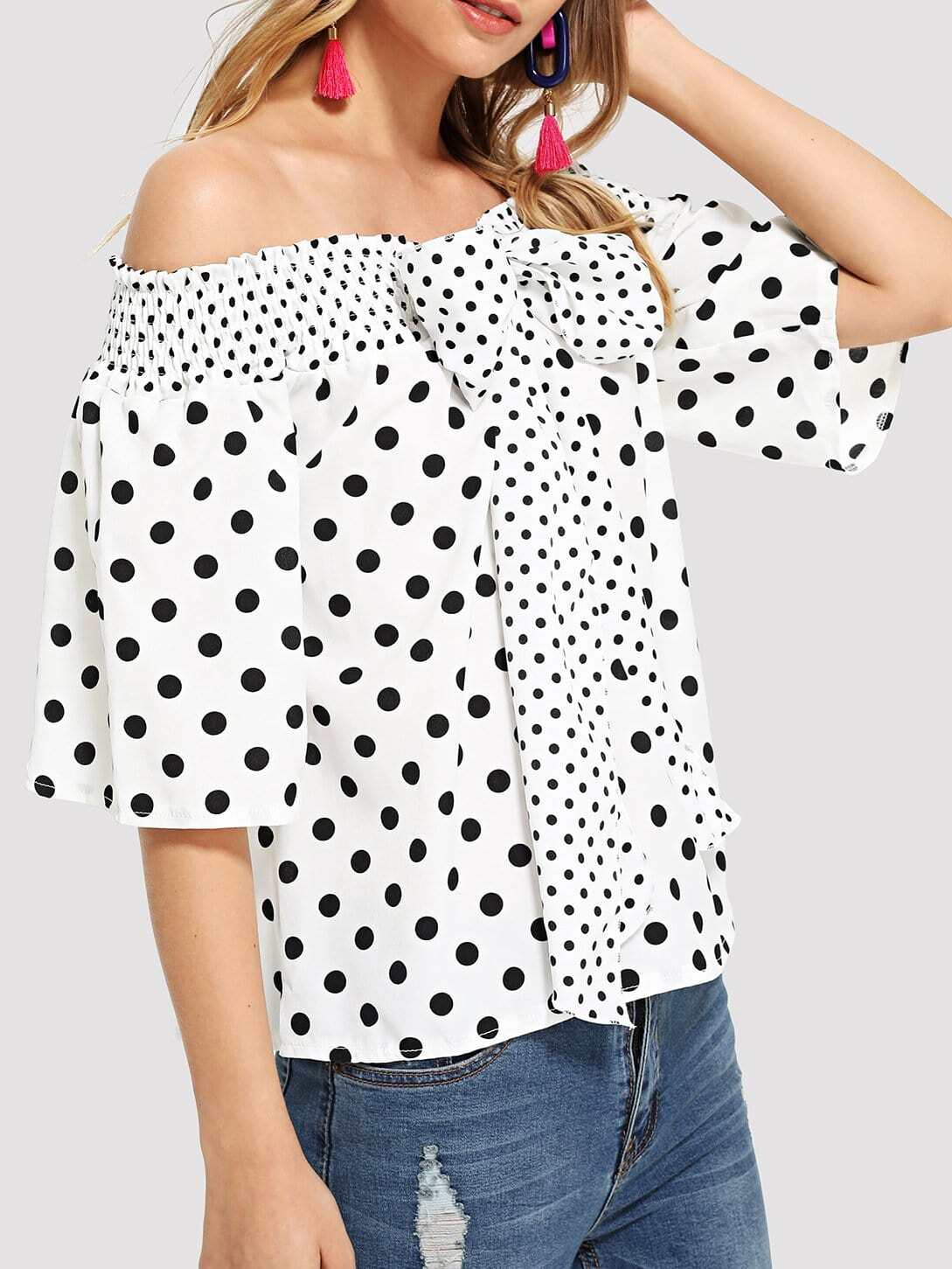 где купить Off Shoulder Polka Dot Bow Tie Blouse дешево