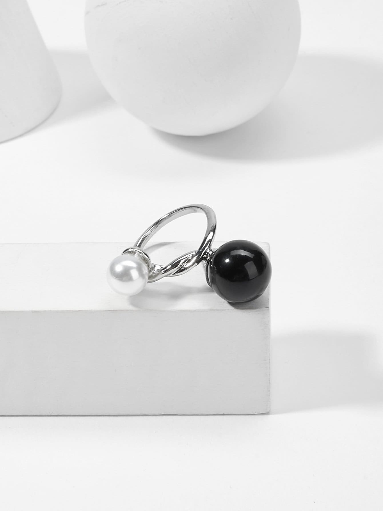 Faux Pearl Twist Ring faux pearl asymmetrical ring