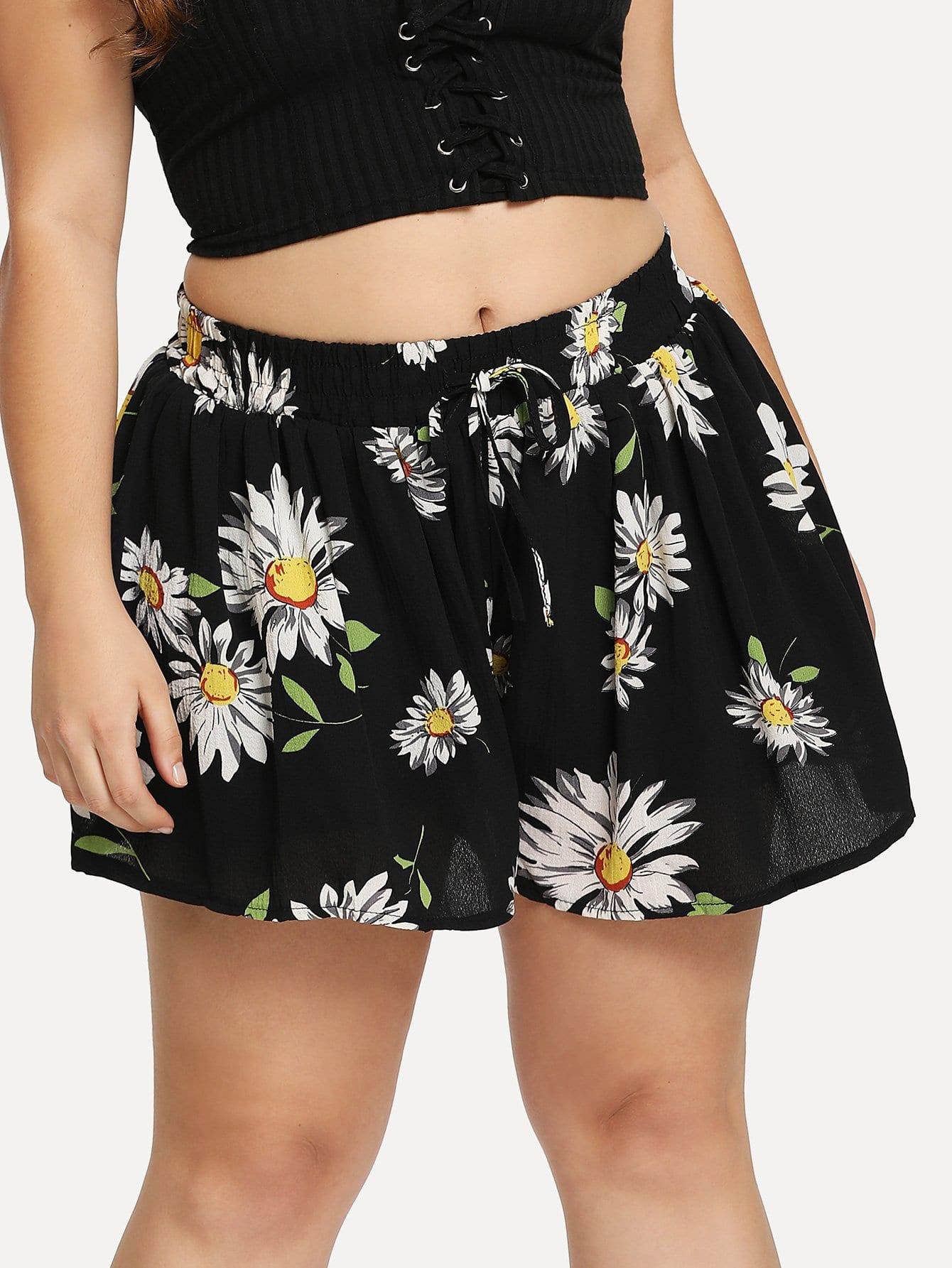 Plus Flower Print Drawstring Shorts