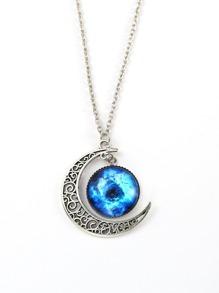 Moon Detail Pendant Necklace