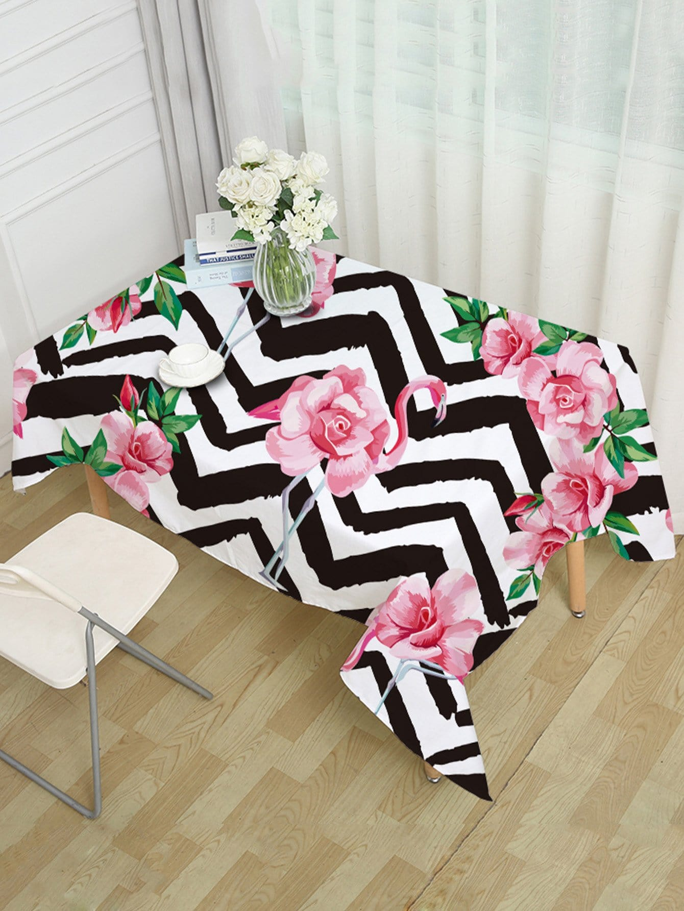 Floral & Flamingos Print Table Cloth
