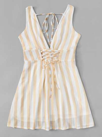 Romwe / Lace Up Striped Dress