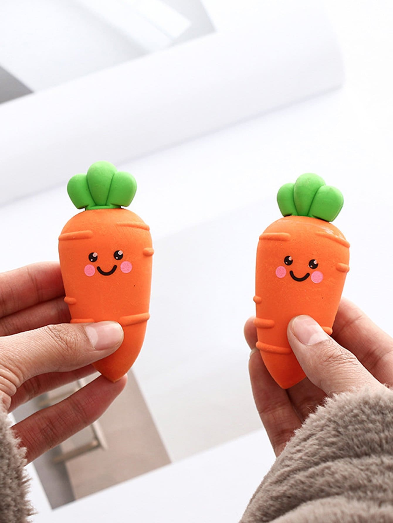 Carrot Shaped Eraser 1pc crocodile shaped eraser green grey 2 pcs