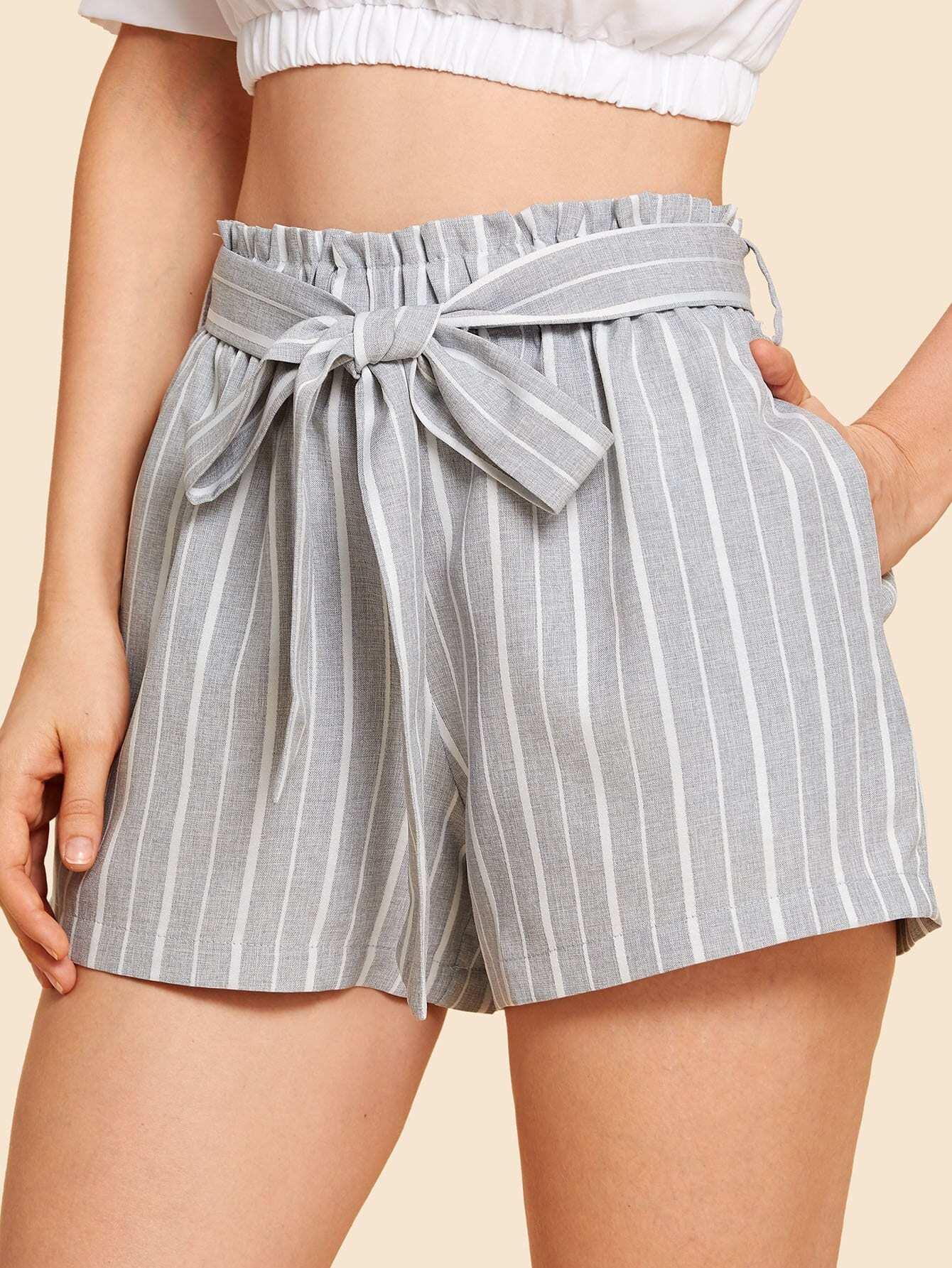 Купить Самонарезанные полосатые шорты, Julie H., SheIn