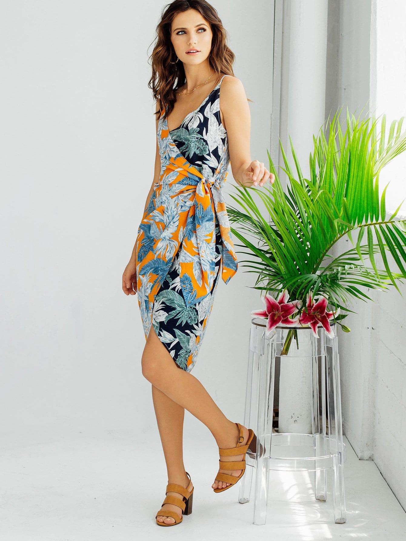 Купить Платье с принтом тропики с запахом, Kelli S., SheIn