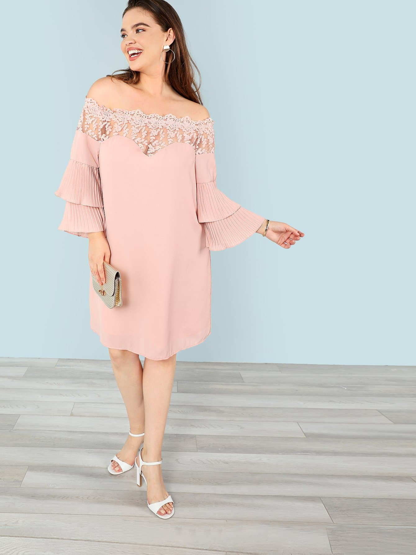 цены Plus Embroidered Mesh Insert Pleated Sleeve Bardot Dress