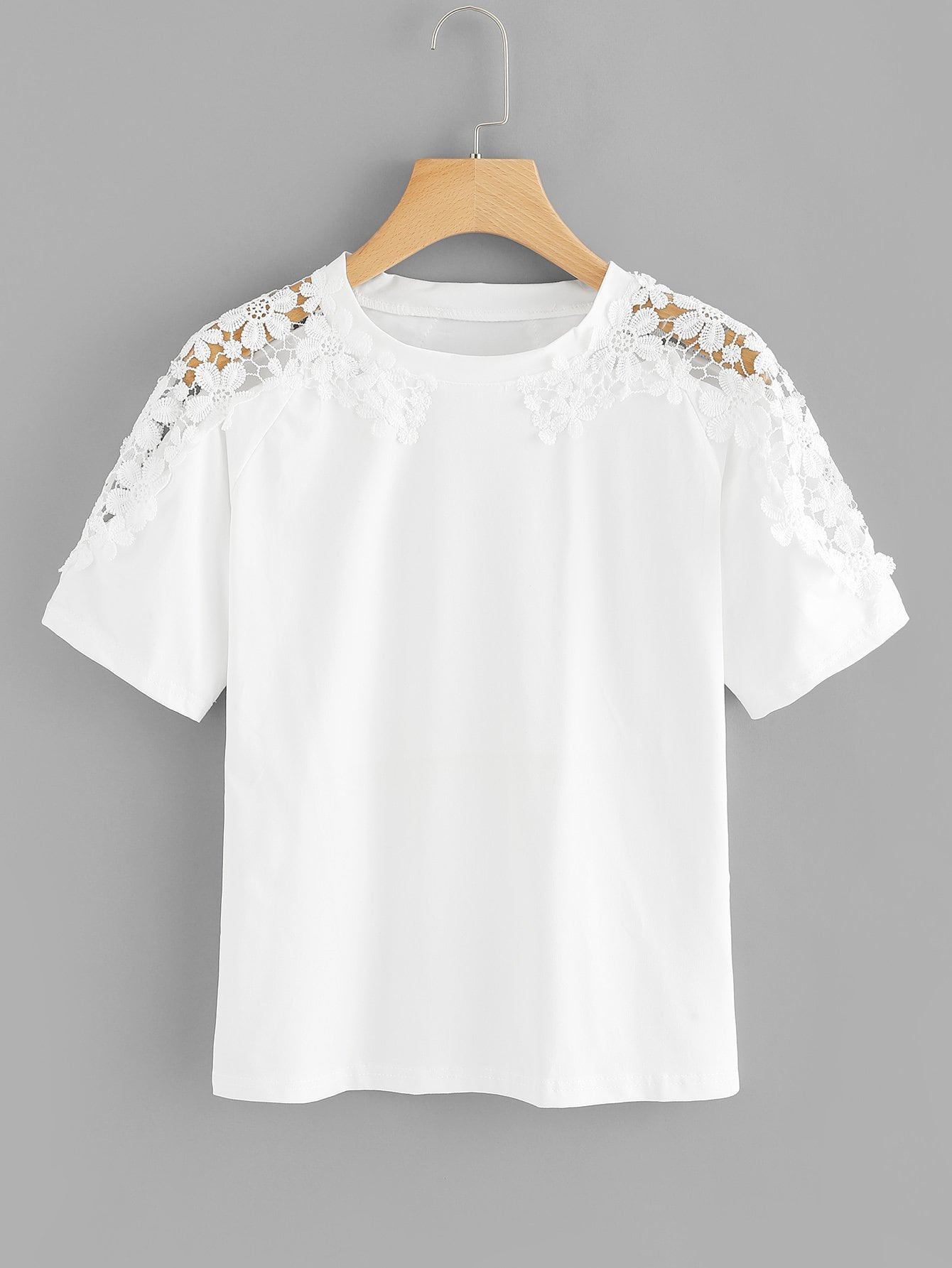 Plus Contrast Lace Round Neck Tee