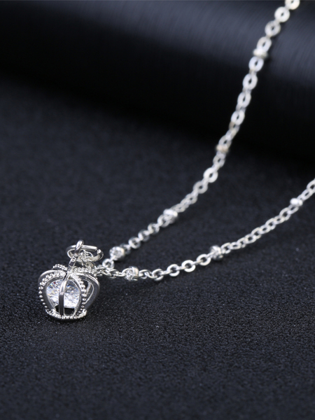 Crown Pendant Openable Necklace