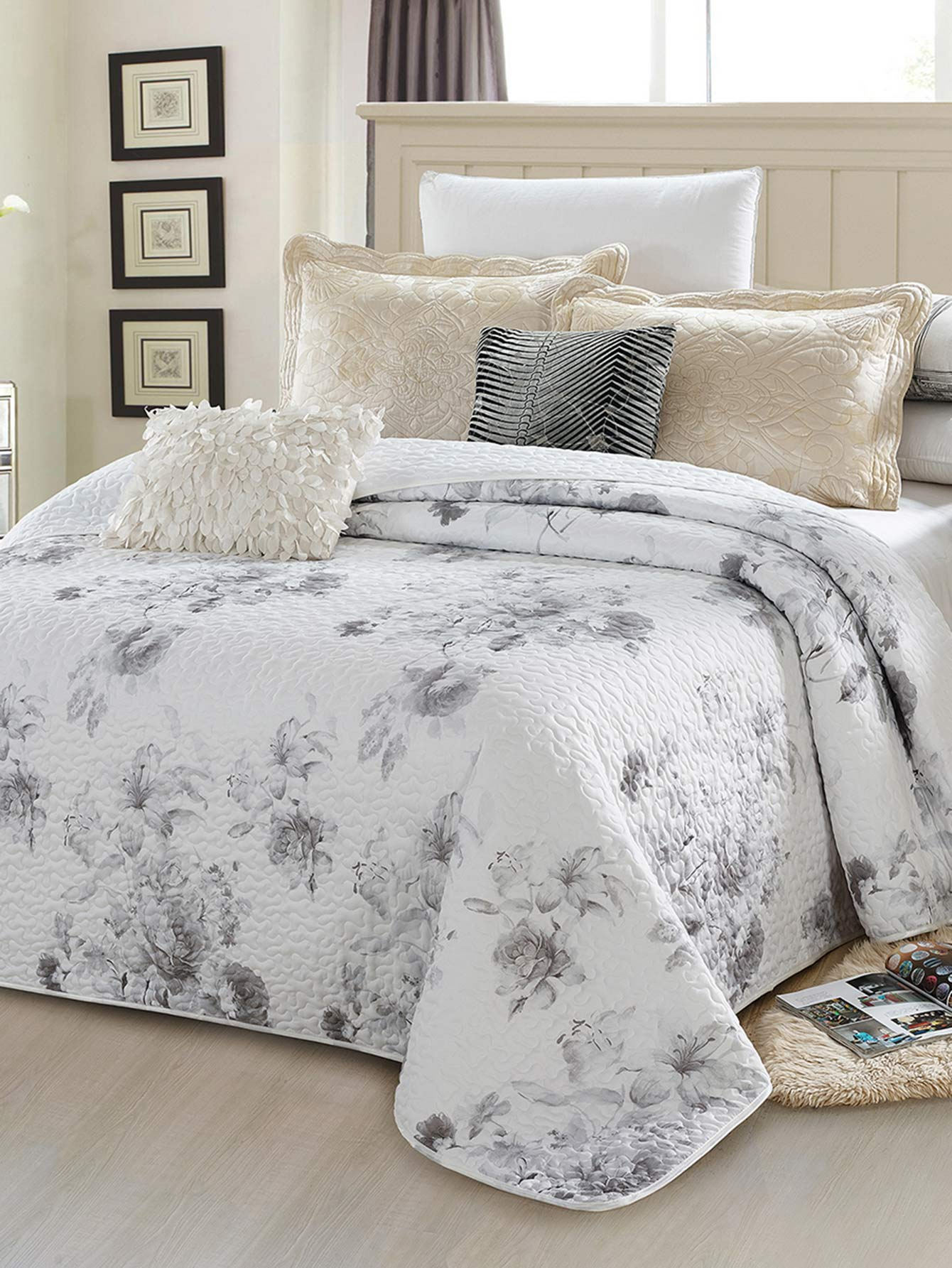 Allover Flower Print Bedspread
