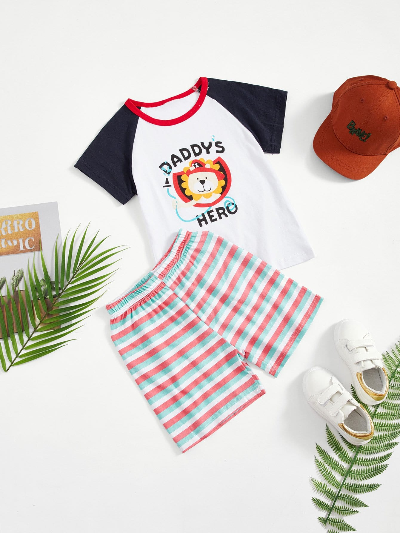 Boys Letter And Lion Print Tee With Striped Shorts цена 2017